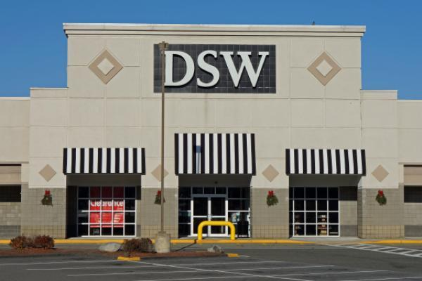 Shoe Retailer Dsw To Sell Green Growth Brands Cbd Products