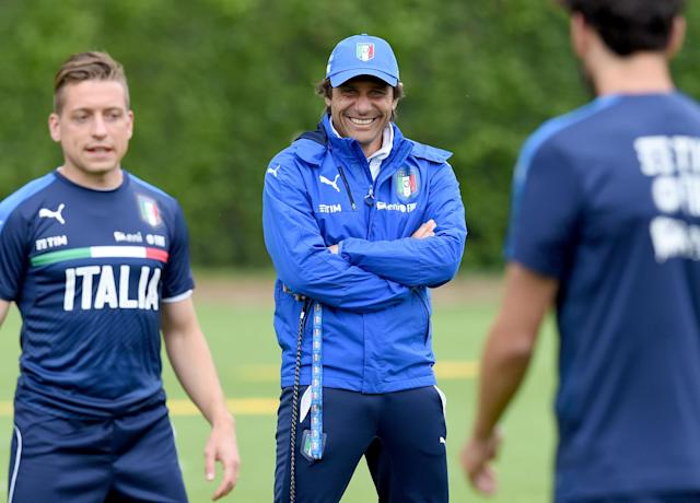 Conte during Italy training.