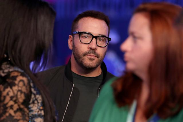 <p>Actor Jeremy Piven attends the super welterweight boxing match between Floyd Mayweather Jr. and Conor McGregor on August 26, 2017 at T-Mobile Arena in Las Vegas, Nevada. (Photo by Christian Petersen/Getty Images) </p>