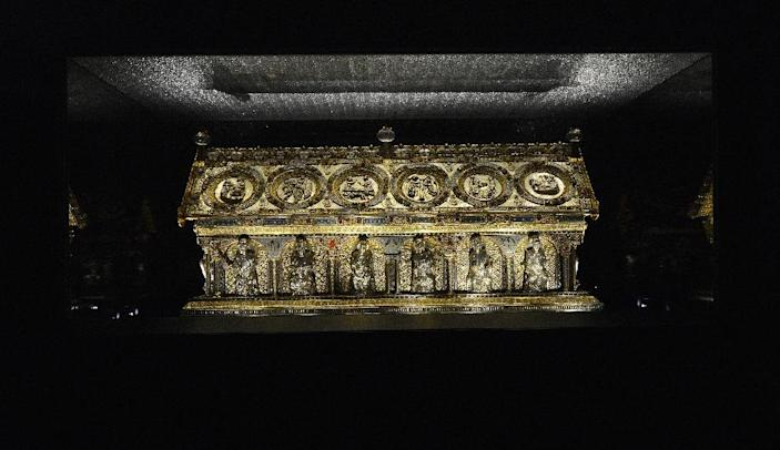 The St Maurus reliquary at the Becov castle in Becov nad Teplou village, Western Bohemia (AFP Photo/Michal Cizek)