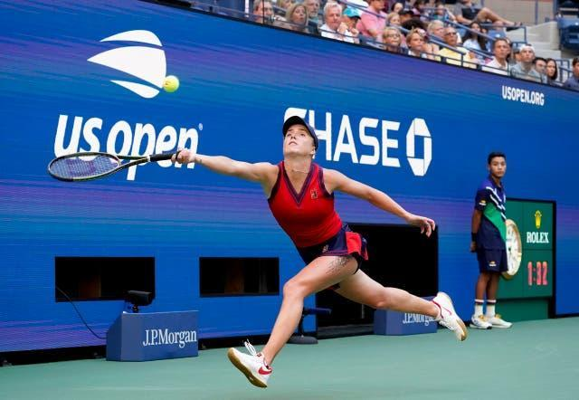 Elina Svitolina stretches to try to reach a forehand