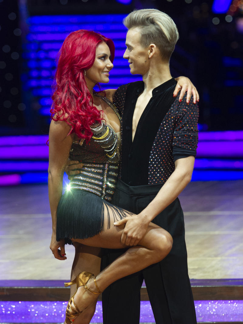 BIRMINGHAM, ENGLAND - JANUARY 17: Joe Sugg and Dianne Buswell attend the photocall for the 'Strictly Come Dancing' live tour at Arena Birmingham on January 17, 2019 in Birmingham, England. (Photo by Katja Ogrin/Getty Images)