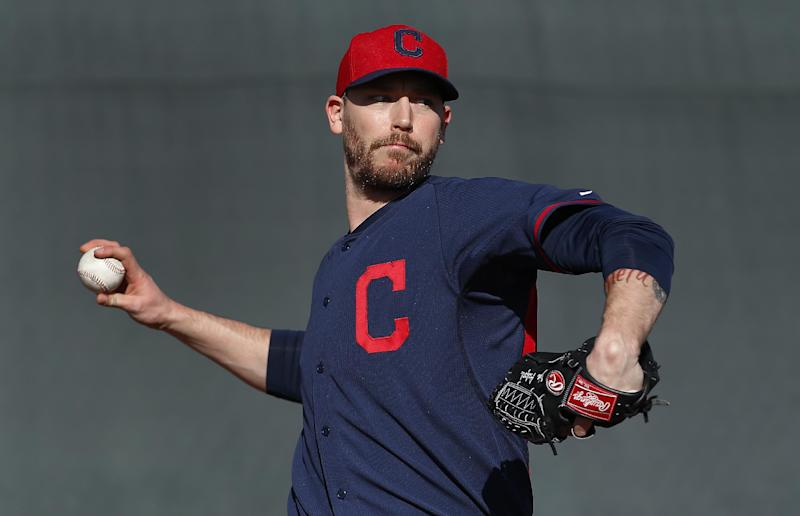 Axford takes over for Perez as Indians closer