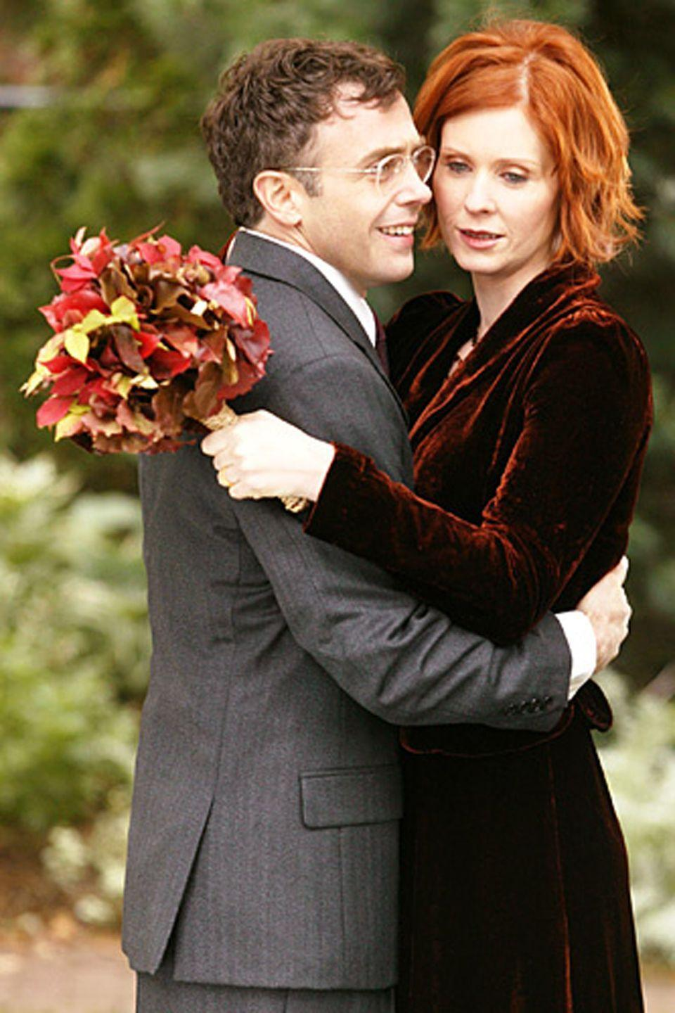 <p>After an on-again, off-again relationship, Miranda and Steve finally married in season 6. For the occasion, Miranda bucked convention by opting for a red velvet wedding dress.</p>
