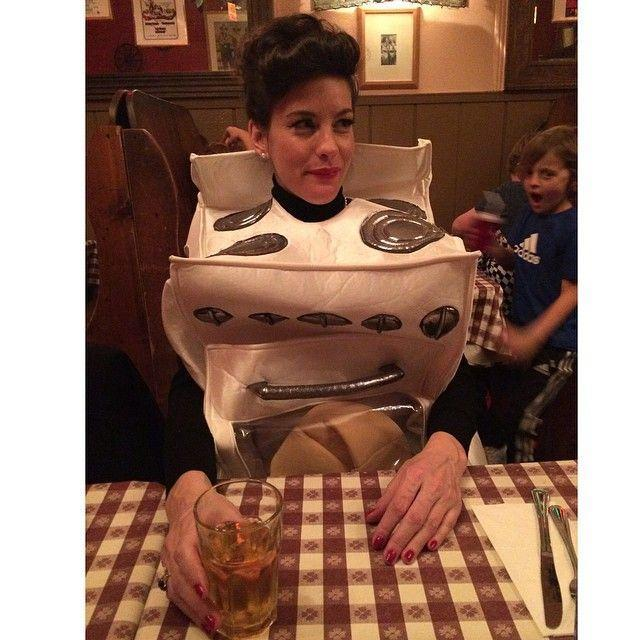 "<p>While pregnant with her now-3-year-old son Sailor, the actress put on this adorable ""bun in the oven"" costume for the holiday. </p>"