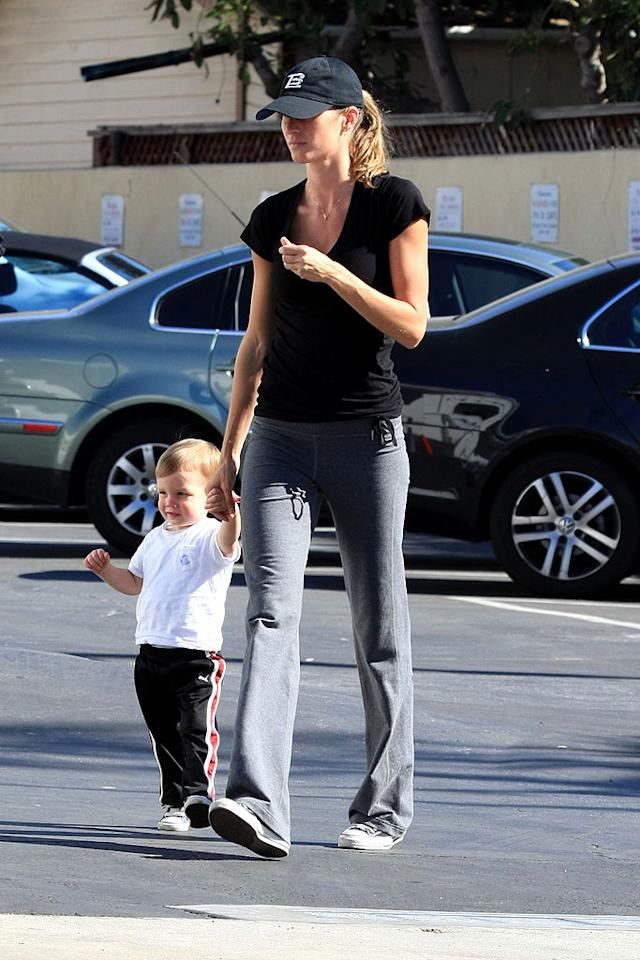 "Supermodel Gisele Bundchen is pregnant with a future playmate for hubby Tom Brady's son, John. <a href=""http://www.x17online.com"" target=""new"">X17 Online</a> - February 4, 2009"