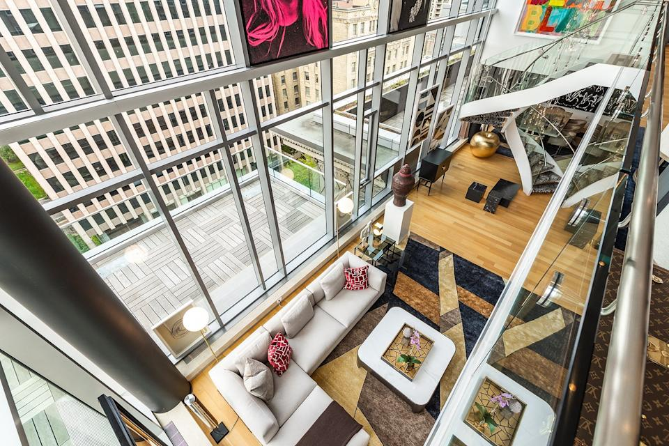 Montreal penthouse sells for record high price (Sotheby's International Realty Canada)