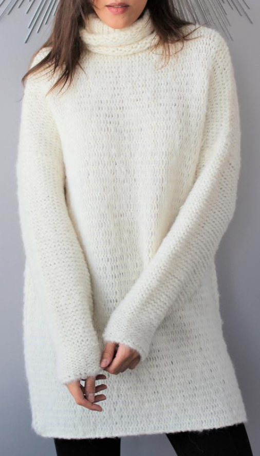 Rose Unique Style Chunky Knit Alpaca Tunic in Off-White