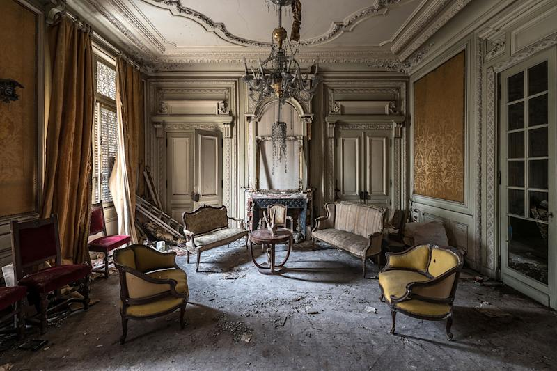 An urban explorer has revealed the forgotten fairy-tale castle left to decay. Bob Thissen, 33, visited the secluded spot in the north-east of France, that was believed to have been abandoned for up to a year. (Photo: Bob Thissen/Caters News)