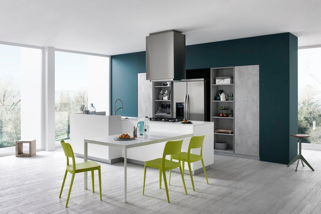 <p>This was one of the trendiest choices for 2017 and it seems to be on repeat for 2018. In every shade, green can be the perfect choice to lend the kitchen a more harmonious and tranquil ambience.</p>  Credits: homify / CESAR