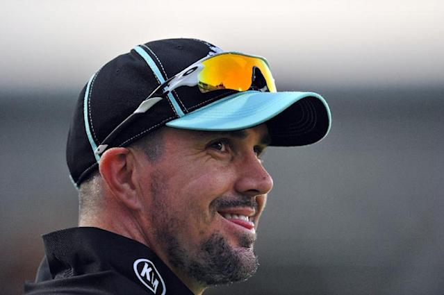 Kevin Pietersen's South African Twenty20 foray ends in failure when his Dolphins franchise team were beaten by the home side, the Titans, in the final of South Africa's franchise competition (AFP Photo/Glyn Kirk)