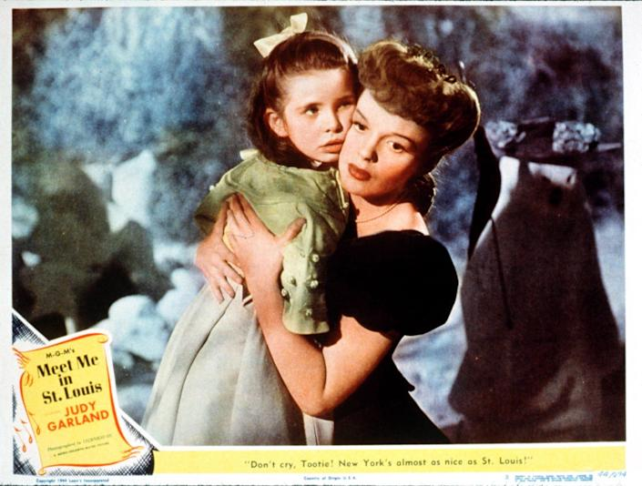 "Poster art of Margaret O'Brien and Judy Garland for ""Meet Me in St. Louis,"" one of the movies featured in technicolor on TCM in 1998."
