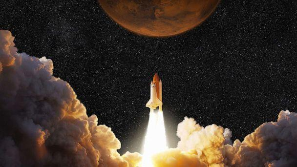 PHOTO: A spacecraft takes off into space headed to planet Mars in an undated illustration. (STOCK IMAGE/Alones/Shutterstock)