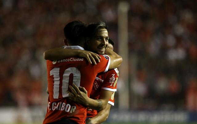 Soccer Football - Copa Libertadores - Argentina's Independiente v Venezuela's Deportivo Lara - Libertadores de America stadium, Buenos Aires, Argentina - May 24, 2018 - Martin Benitez of Independiente celebrate with teammate Fernando Gaibor after scoring. REUTERS/Agustin Marcarian