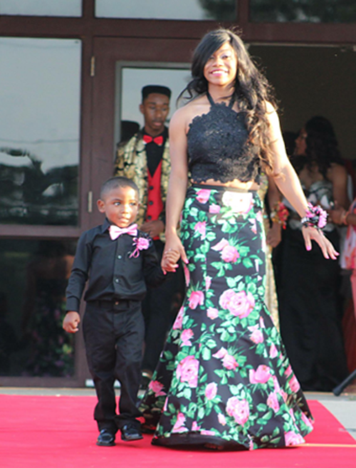 Bentley and Haleigh walk the red carpet on prom night