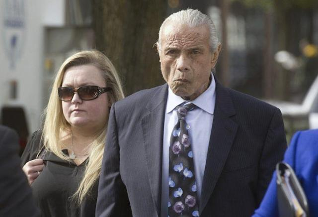 "Jimmy ""Superfly"" Snuka leaves the courtroom in a 2015 photo. (AP)"