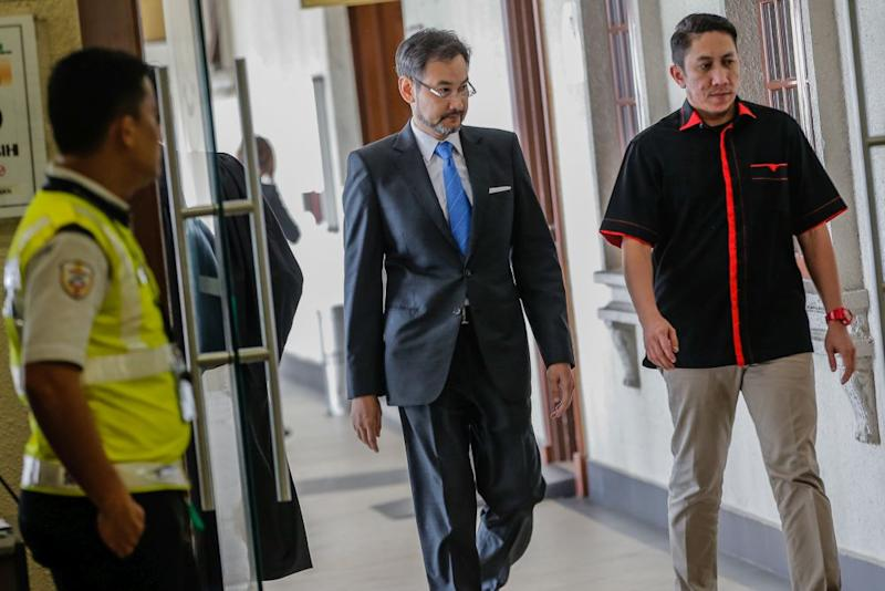 Former 1MDB chief executive officer Datuk Shahrol Azral Ibrahim Halmi is pictured at the Kuala Lumpur Court Complex November 7, 2019. — Picture by Hari Anggara