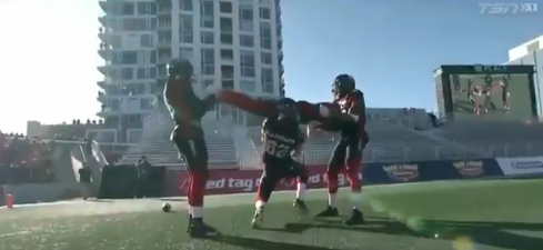 Four members of the CFL's Ottawa Redblacks pull off a great touchdown celebration. (CFL/Twitter)