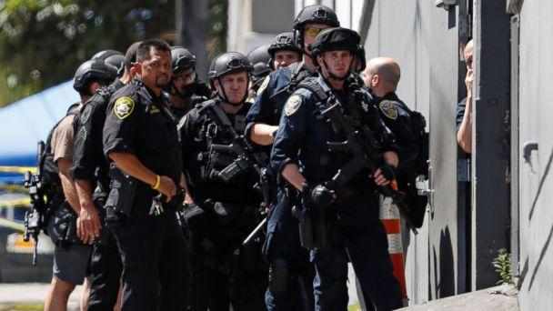 PHOTO: Police officers gather outside a UPS facility after a shooting incident was reported in San Francisco, June 14, 2017. (Stephen Lam/Reuters)