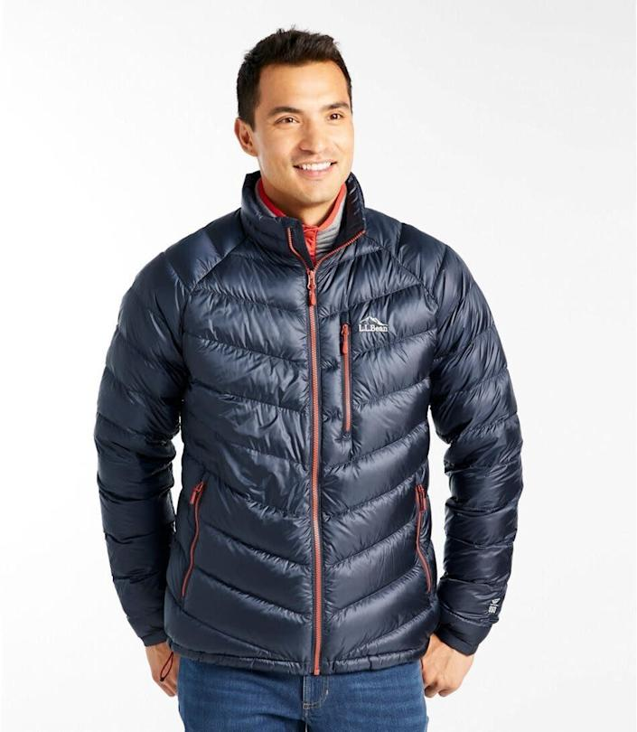 """This jacket comes in sizes M to XXL. <a href=""""https://fave.co/2uRbH59"""" rel=""""nofollow noopener"""" target=""""_blank"""" data-ylk=""""slk:Find it at L.L. Bean"""" class=""""link rapid-noclick-resp""""><strong>Find it at L.L. Bean</strong></a>."""