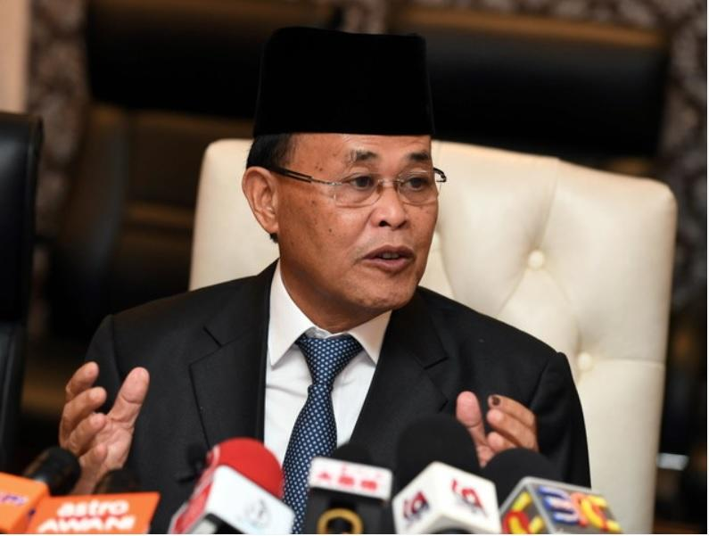 Datuk Osman Sapian says the Johor state government has received RM600 million in land premium and other levies from Forest City developer, Country Garden Pacific View Sdn Bhd (CGPV). — Bernama pic