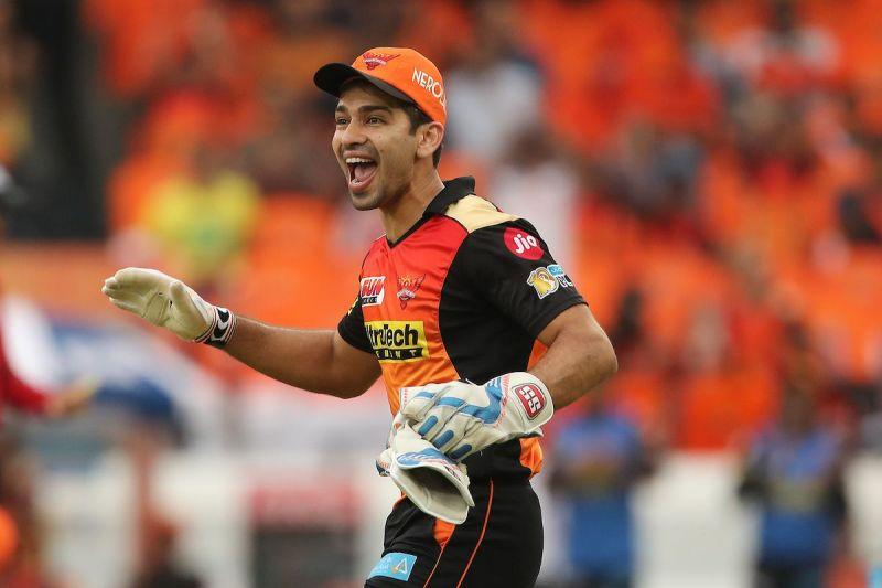 Naman Ojha's 79 helped Sunrisers Hyderabad reach 205/5 in their 20 overs