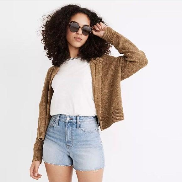 """<h2>Madewell The Curvy Perfect Jean Short</h2><br><strong><em>The No-Brainer</em></strong><br><br>For those with an hourglass shape, the curvy fit of this Madewell style featuring a narrower waist and a little extra room around the hips and thigh region is an obvious choice for your summer outfit lineup. <strong><em><br></em></strong><br><strong>The Hype: </strong>4.4 out of 5 stars; 47 reviews on <em>Madewell.com</em><br><br><strong>What They're Saying</strong>: """"I generally do not like shorts, I feel like I can never get the right fit! I love the length of these but they aren't too long and grandma like either. The high-waisted stretch is perfect for denim shorts. Highly recommend!<br>I originally sized up and bought a 28, because I generally like my shorts a lil' big but ended up returning for my normal size of 27. I'd stick with your normal size, they are slightly roomy and comfy!"""" — Jenna7, Madewell.com reviewer<br><br><em>Shop <strong><a href=""""https://www.madewell.com/"""" rel=""""nofollow noopener"""" target=""""_blank"""" data-ylk=""""slk:Madewell.com"""" class=""""link rapid-noclick-resp"""">Madewell.com</a></strong></em><br><br><strong>Madewell</strong> The Curvy Perfect Jean Short, $, available at <a href=""""https://go.skimresources.com/?id=30283X879131&url=https%3A%2F%2Fwww.madewell.com%2Fthe-curvy-perfect-jean-short-in-baylis-wash-MC651.html%3Fcolor%3DDM4962"""" rel=""""nofollow noopener"""" target=""""_blank"""" data-ylk=""""slk:Madewell"""" class=""""link rapid-noclick-resp"""">Madewell</a>"""