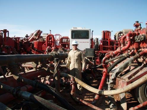 """<span class=""""caption"""">During fracking, water is mixed with fluids and injected into the ground.</span> <span class=""""attribution""""><a class=""""link rapid-noclick-resp"""" href=""""https://commons.wikimedia.org/wiki/File:Process_of_mixing_water_with_fracking_fluids_to_be_injected_into_the_ground.JPG"""" rel=""""nofollow noopener"""" target=""""_blank"""" data-ylk=""""slk:Wikimedia Commons"""">Wikimedia Commons</a></span>"""