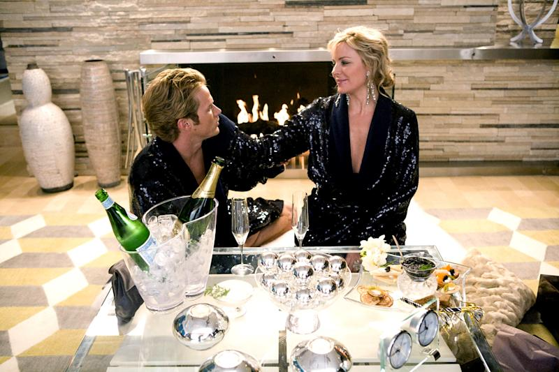Jason Lewis and Kim Cattrall in Sex and the City: The Movie.
