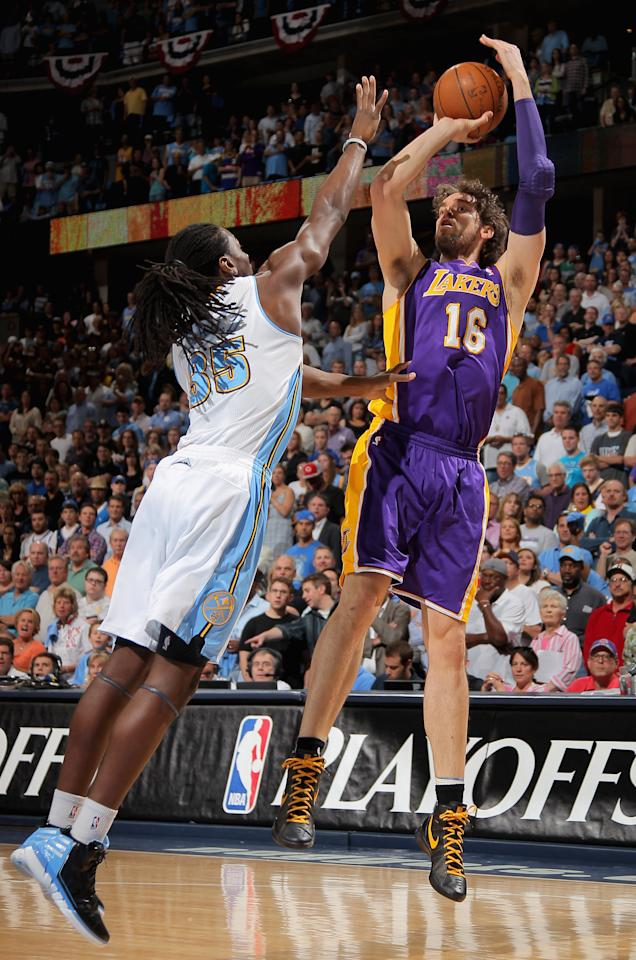 DENVER, CO - MAY 04:  Pau Gasol #16 of the Los Angeles Lakers takes a shot over Kenneth Faried #35 of the Denver Nuggets in Game Three of the Western Conference Quarterfinals in the 2012 NBA Playoffs at Pepsi Center on May 4, 2012 in Denver, Colorado. NOTE TO USER: User expressly acknowledges and agrees that, by downloading and or using this photograph, User is consenting to the terms and conditions of the Getty Images License Agreement.  (Photo by Doug Pensinger/Getty Images)