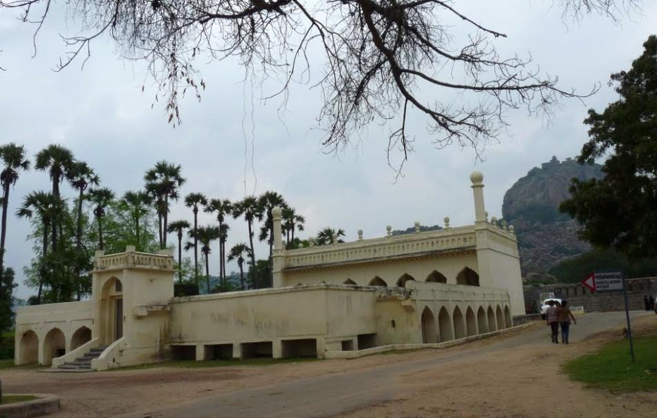 "A mosque in the Gingee Fort complex. Dr C K Gariyali, an Indian Administrative Service officer who served as District Collector of Tamil Nadu's South Arcot district in the early 1980s, wrote of a unique community of Gingee Muslims who were descended from early Mughal army commanders who arrived in India along with Emperor Babur.<br><br>Read the related blog post, <a target=""_blank"" href=""http://in.lifestyle.yahoo.com/blogs/traveler/gingee-fort-history-smorgasbord-090633638.html"">Gingee Fort - history's smorgasbord</a>"