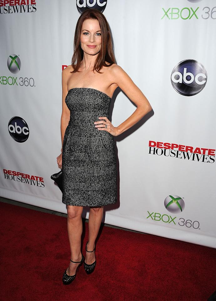 """Laura Leighton attends the """"<a target=""""_blank"""" href=""""http://tv.yahoo.com/desperate-housewives/show/36265"""">Desperate Housewives</a>"""" Series Finale Party at the W Hollywood on April 29, 2012 in Hollywood, California."""