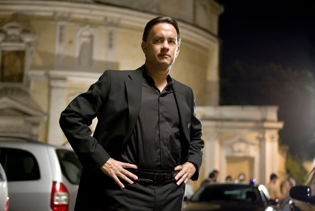 "5/15 - <a href=""http://movies.yahoo.com/movie/1809951159/info"">ANGELS & DEMONS</a>   Tom Hanks returns as the ""Da Vinci Code"" cryptologist Robert Langdon to thwart a dastardly plot by the Illuminati to blow up the Vatican."