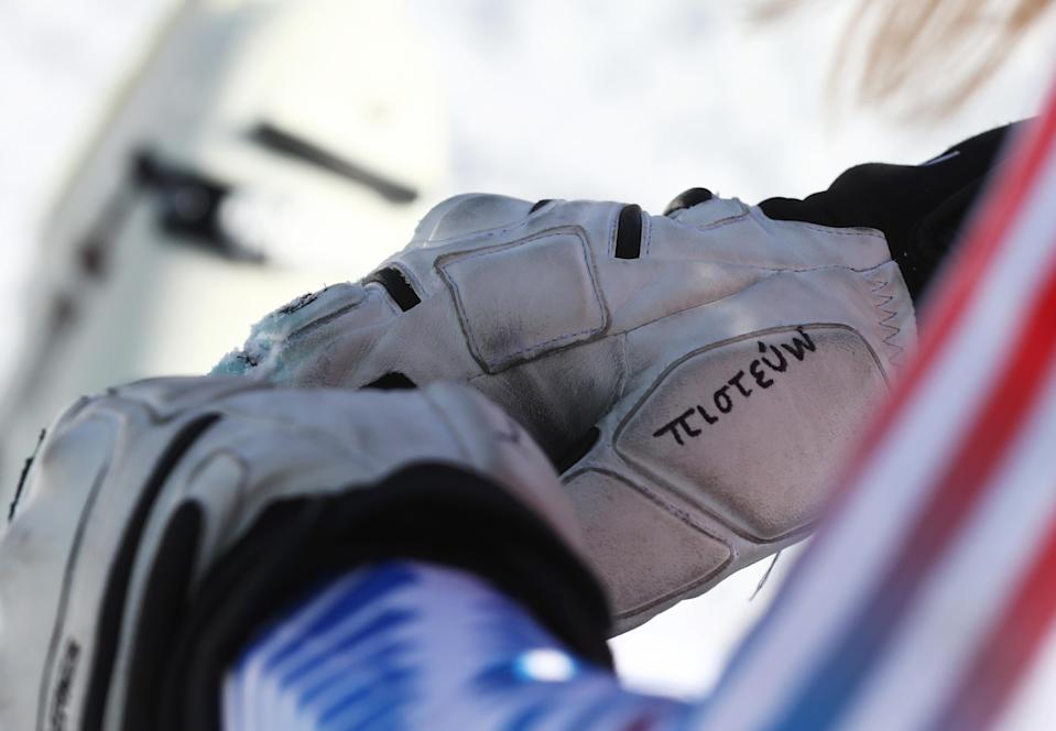 """Lindsey Vonn as written the Greek word for """"believe"""" on one of the gloves she's wearing during Olympic races in PyeongChang. (Getty Images)"""