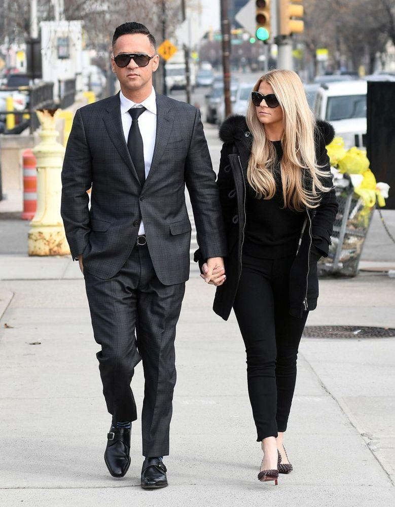 who is mike from jersey shore dating 2014 Mike 'the situation' sorrentino,  known for the three stooges (2012), jersey shore (2009) and what's your emergency (2015) imdb  created 19 jan 2014.