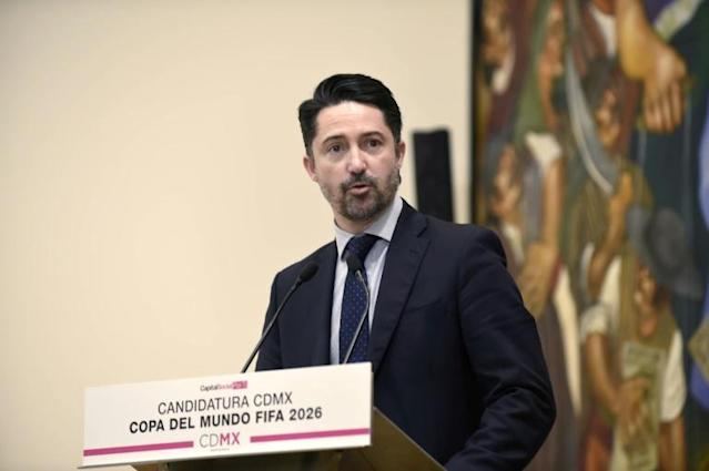 "FMF president Yon de Luisa, pictured in January 2018, said that homophobic slurs often heard at matches would ""endanger our chance to participate"" in the federation (AFP Photo/ALFREDO ESTRELLA)"