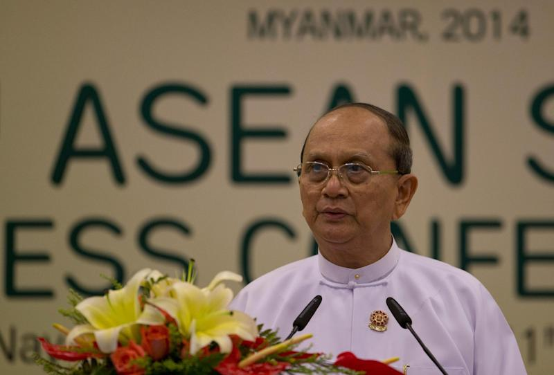 Myanmar President Thein Sein delivers a statement concluding the Association of Southeast Asian Nations leaders Summit in Naypyitaw, Myanmar, Sunday, May 11 2014. Vietnam and the Philippines pushed for stronger action to confront China's aggressive behavior in the South China Sea in the first regional summit hosted by Myanmar, but President Thein Sein made no direct mention of the China in his statement. (AP Photo/Gemunu Amarasinghe)