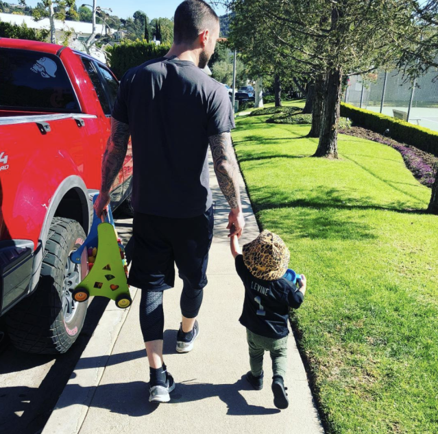 "<p>Daddy-daughter day out! With a new baby in the house, the Maroon 5 frontman made some quality time for his first born, Dusty Rose, 1, as they went out for a stroll. ""You and me baby…"" he wrote.(Photo: <a href=""https://www.instagram.com/p/BgBz9fSBAg2/?taken-by=adamlevine"" rel=""nofollow noopener"" target=""_blank"" data-ylk=""slk:Adam Levine via Instagram"" class=""link rapid-noclick-resp"">Adam Levine via Instagram</a>) </p>"
