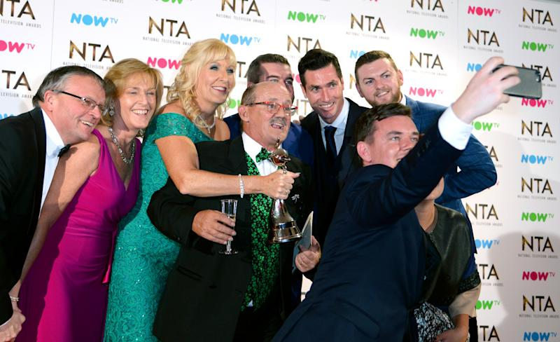 Brendan O'Carroll, wife Jennifer Gibney and the cast of Mrs Browns Boys with the award for Best Comedy in the press room at the National Television Awards 2017 held at the O2, London. Photo credit should read: Doug Peters/EMPICS Entertainment