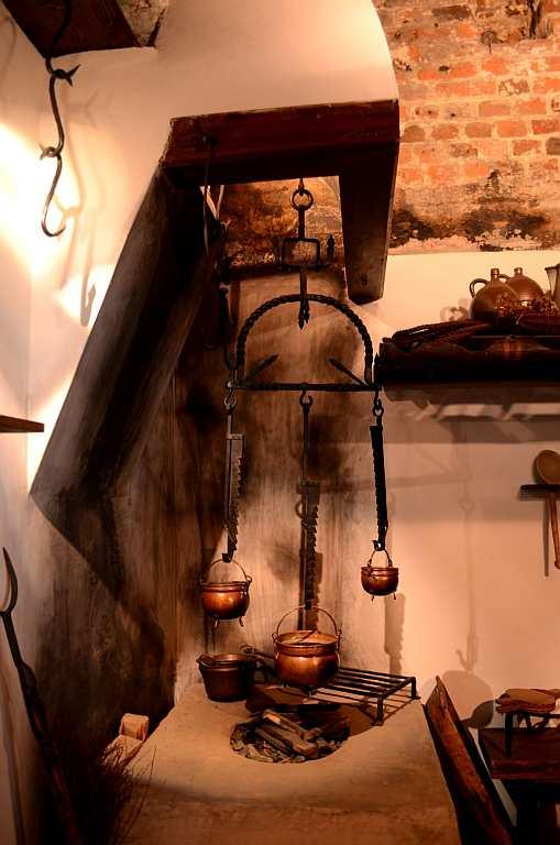 <p>The 15th century astronomer lives in Torun. His two-storeyed house takes you into his world. We climb a wooden staircase and enter the house, which is a veritable treasure house and museum.</p>