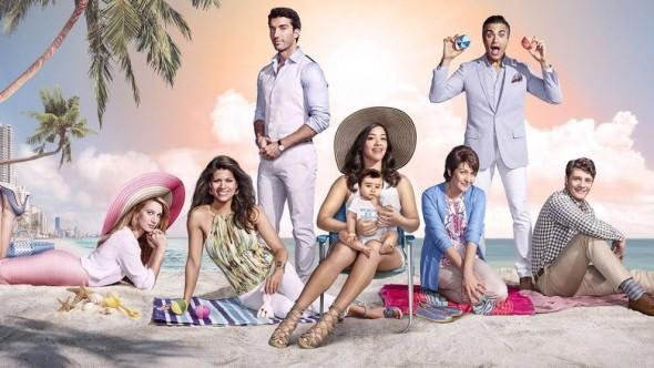 Cast of Jane the Virgin on the beach