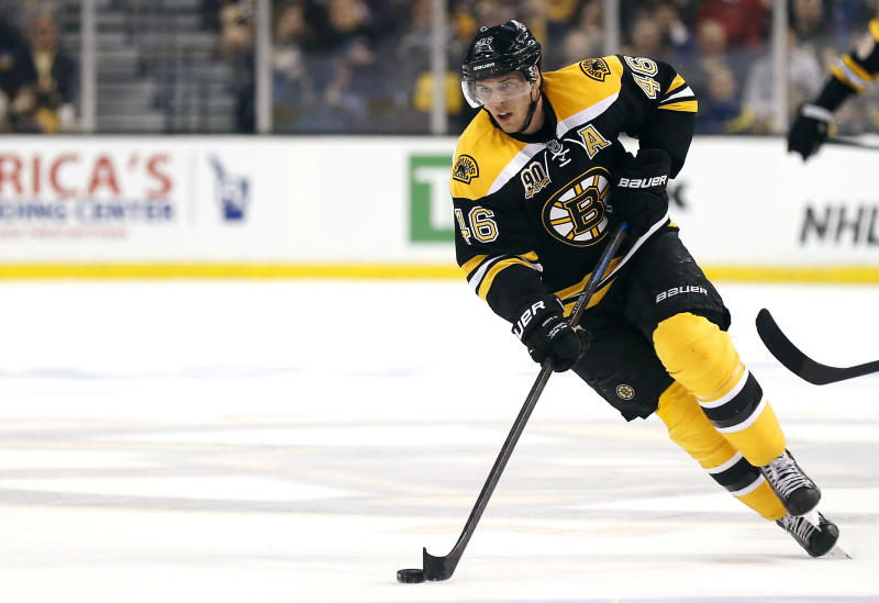 Bruins sign C David Krejci to 6-year extension