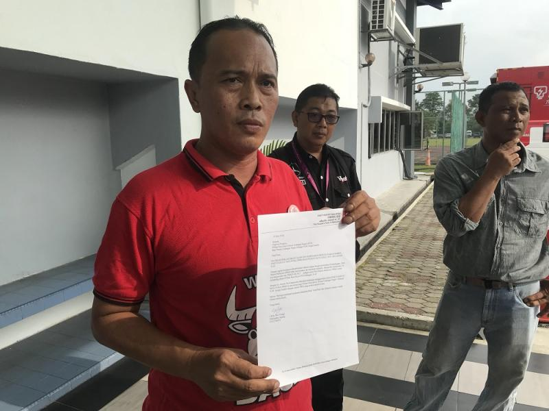 Parti Rakyat Malaysia member Ahmad Kamarudin at the Sungai Kandis nomination centre in Shah Alam July 21 2018. He left without registering as a candidate for the by-election. — Picture by A Ruban