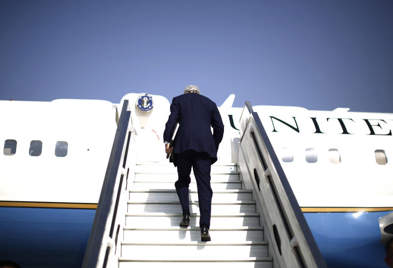 """U.S. Secretary of State John Kerry steps aboard his aircraft en route to Geneva after meeting with Israeli Prime Minister Benjamin Netanyahu in Tel Aviv, Israel, Friday, Nov. 8, 2013. Netanyahu, before meeting with Kerry, said Friday that he """"utterly rejects"""" the emerging nuclear deal between western powers and Iran, calling it a """"bad deal"""" and promising that Israel will do everything it needs to do to defend itself. (AP Photo/Jason Reed, Pool)"""