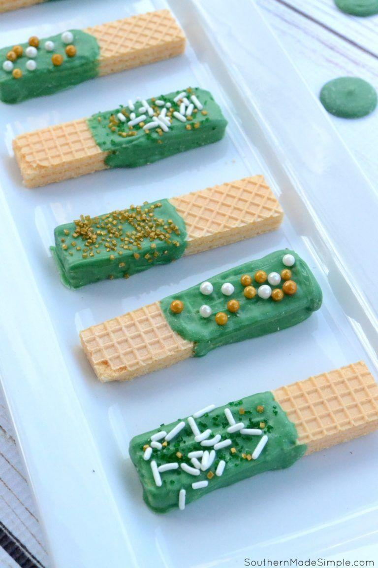 "<p>These sweet, crispy wafers are easy to make, even the kids can pitch in! </p><p><a href=""http://www.southernmadesimple.com/st-patricks-day-sugar-wafers/"" rel=""nofollow noopener"" target=""_blank"" data-ylk=""slk:Get the recipe from Southern Made Simple »"" class=""link rapid-noclick-resp""><em>Get the recipe from Southern Made Simple »</em></a></p>"