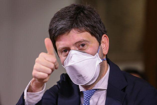 NAPLES, ITALY - 2021/06/26: Health Minister Roberto Speranza, wearing a mask to protect himself from Covid-19, before a press conference to support the candidate for mayor of Naples, Gaetano Manfredi. (Photo by Marco Cantile/LightRocket via Getty Images) (Photo: Marco Cantile via Getty Images)
