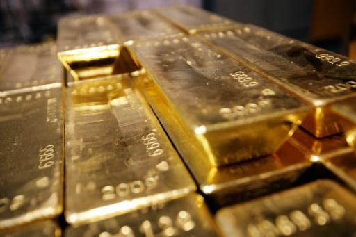 China seeks to establish own gold benchmark