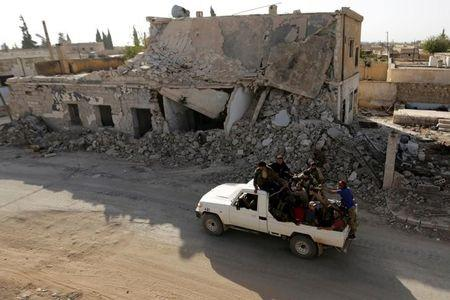Syrian army says it will reduce Aleppo air strikes