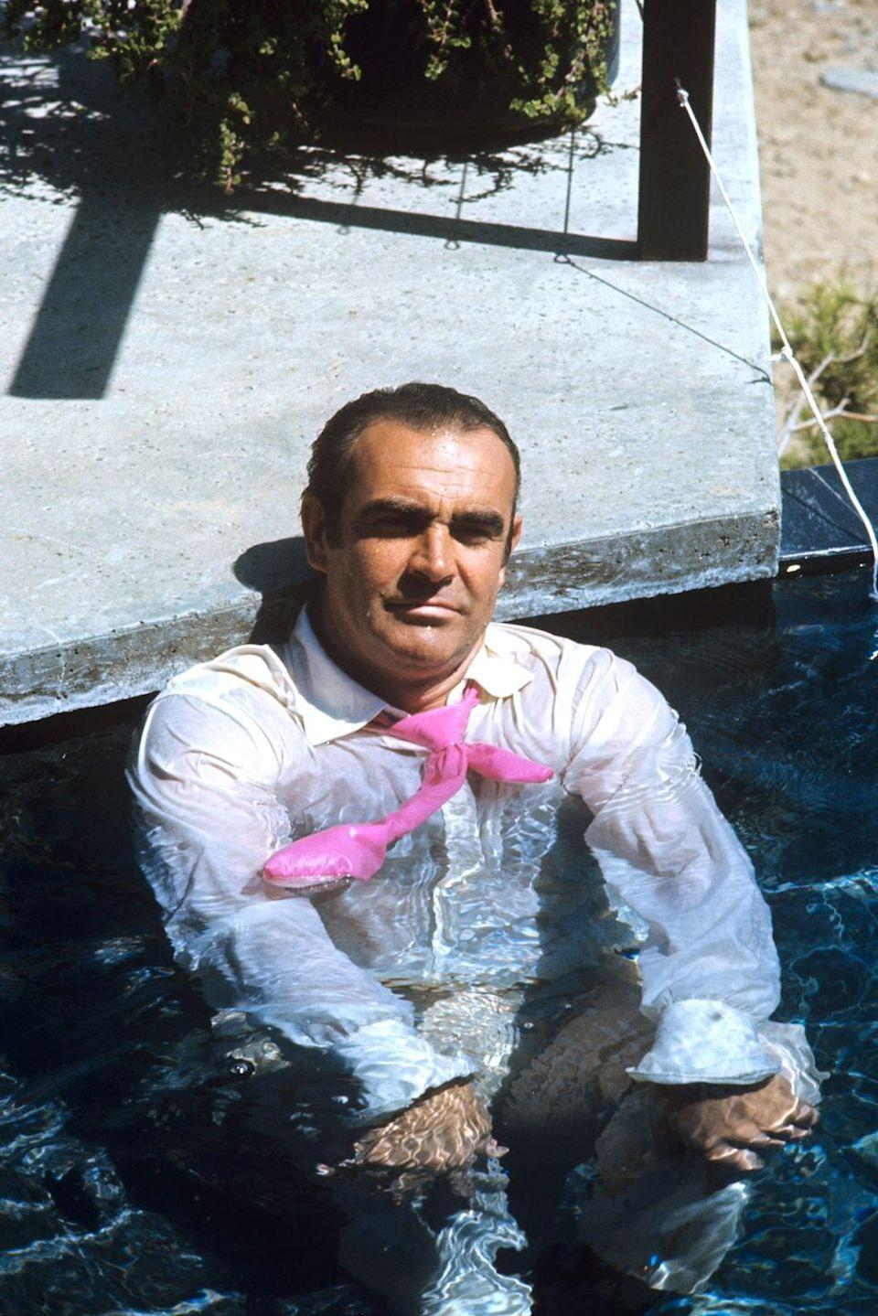 <p>Sean Connery takes a break in a swimming pool on the set of the James Bond film <em>Diamonds Are Forever</em> in Las Vegas in 1971.</p>