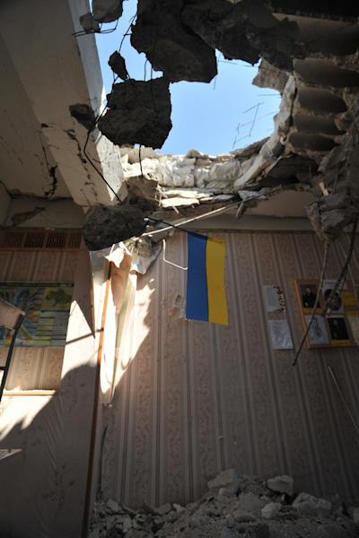 A photo taken on July 16, 2014 shows a school that was damaged in clashes between Ukrainian security forces and pro-Russian militants in the eastern city of Lugansk (AFP Photo/Alex Inoy)